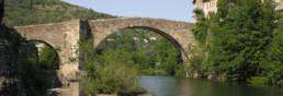 Pont dans la ville Le Vigan , Le Gard