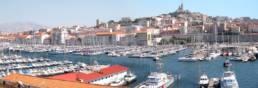 vue sur le vieux port de marseille balade dans le panier